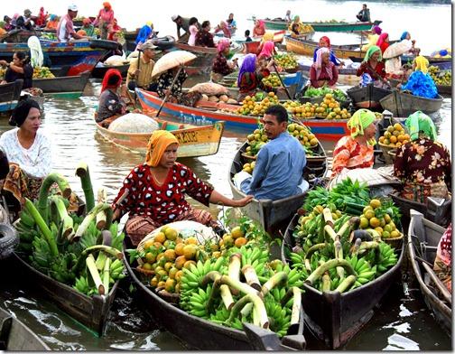 Pasar Terapung Kalimantan Selatan